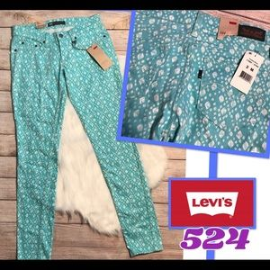 NWT Levi's 524 Too Super low skinny jeans